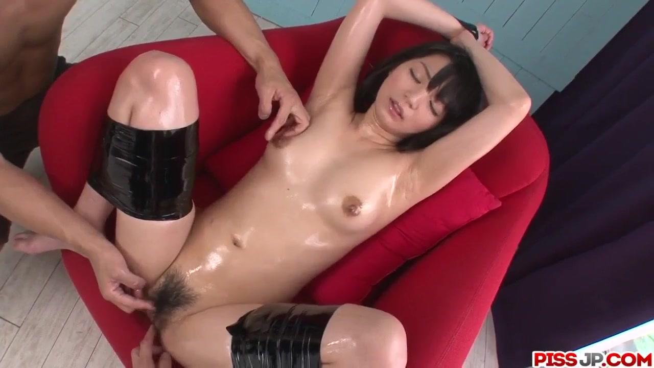 Два Мужика Телом Японочки Владеют - Смотреть Порно Онлайн