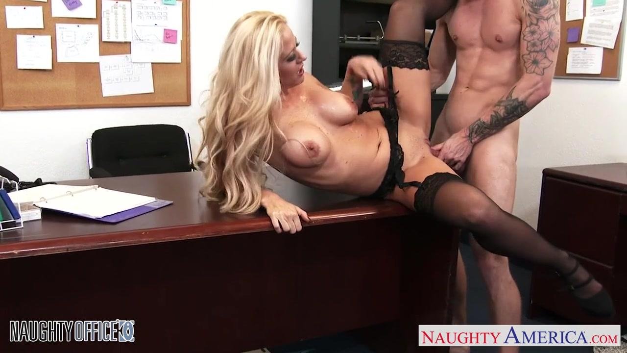 Жесткое Порно Видео На Столе