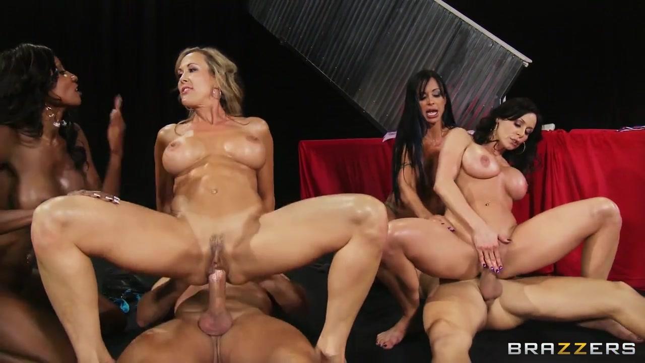 Видео Порно Голых Девушек В Шоу